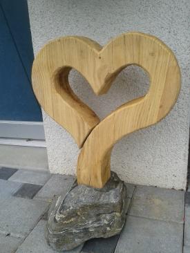 Herz-Skulptur